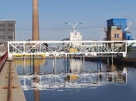 乌鲁木齐行车式泵吸泥机生产厂家【让我还你一方净水】