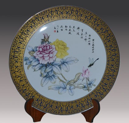 景德镇景悦制作的青花瓷陶瓷盘,特色鲜明,会给人留下深刻的印象.